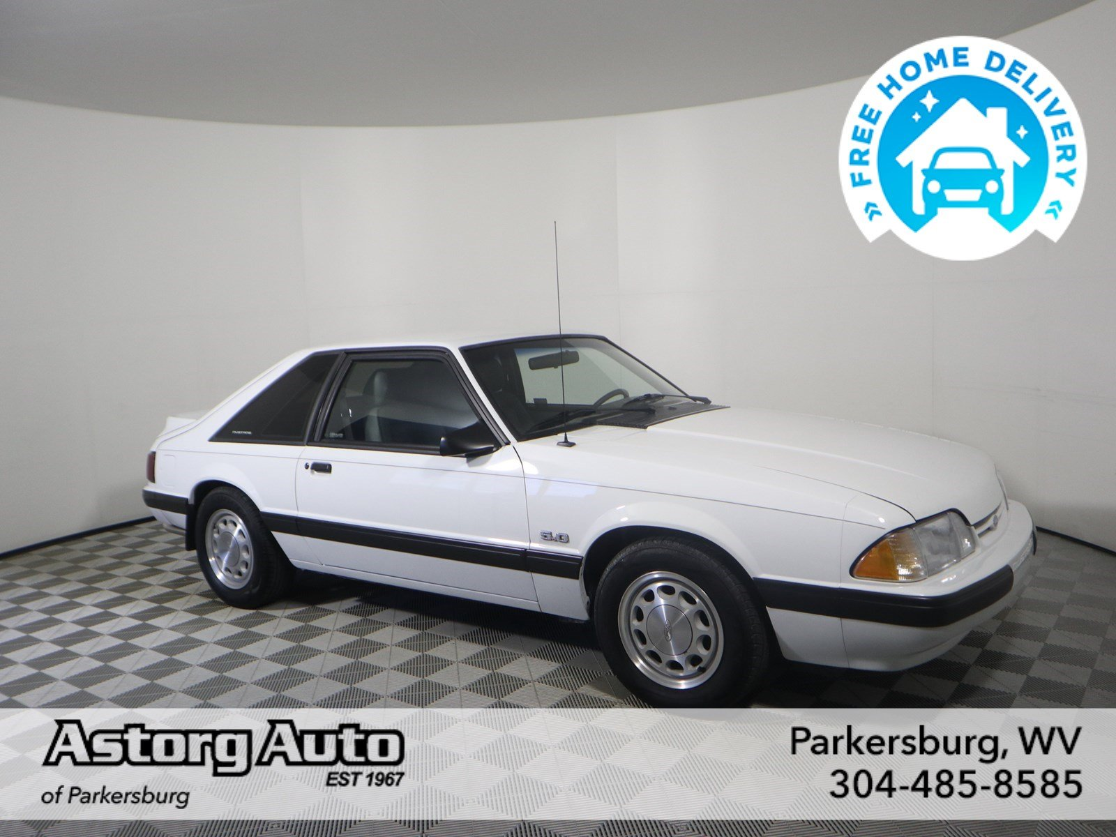 Pre-Owned 1989 Ford Mustang LX Sport