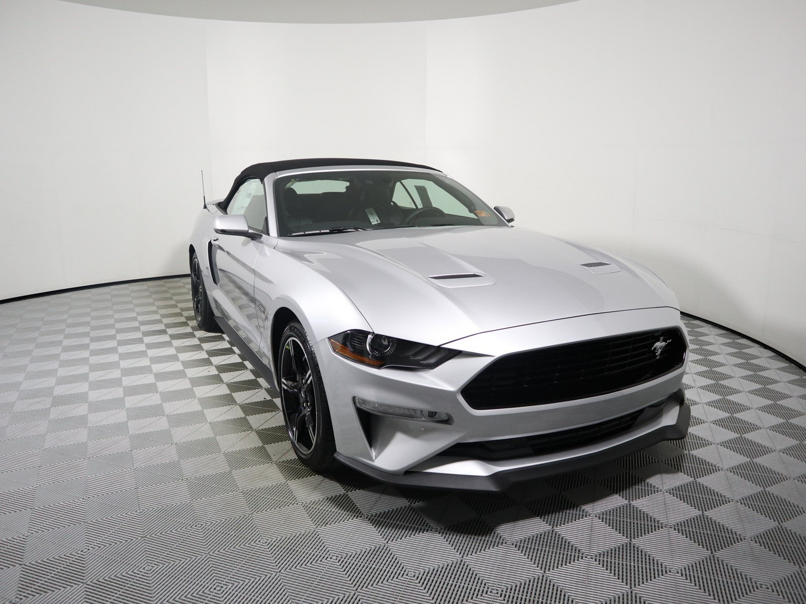 New 2019 Ford Mustang GT Premium Convertible in Parkersburg F