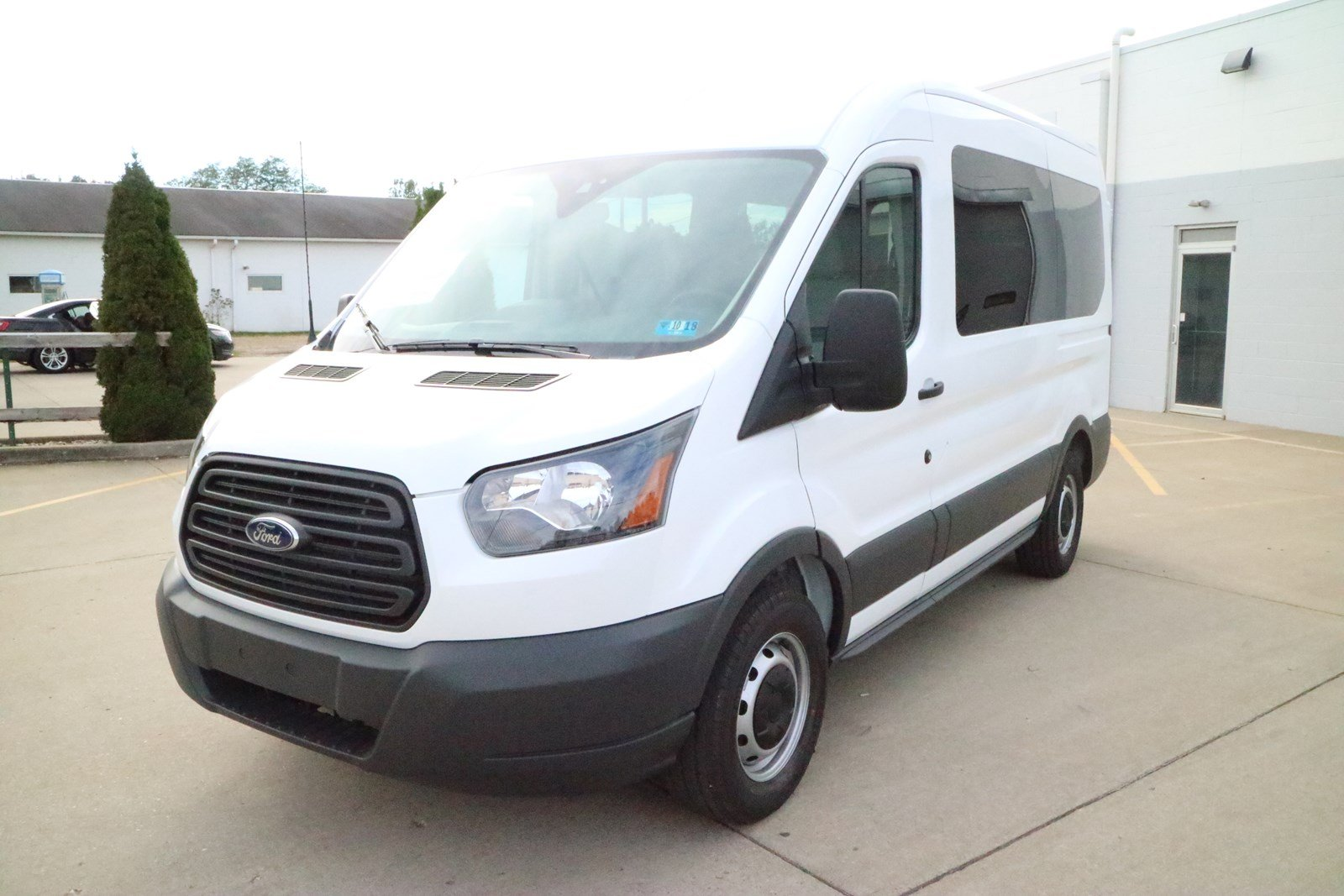 2018 ford passenger van.  van new 2018 ford transit passenger wagon xl to ford passenger van