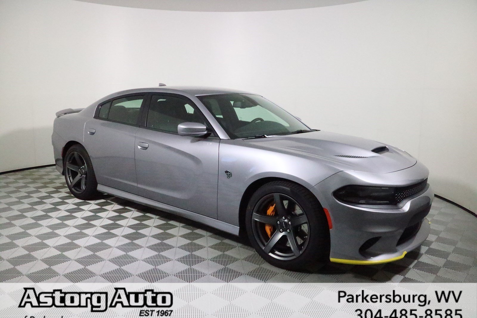new 2018 dodge charger srt hellcat 4dr car in parkersburg d6765 astorg auto. Black Bedroom Furniture Sets. Home Design Ideas