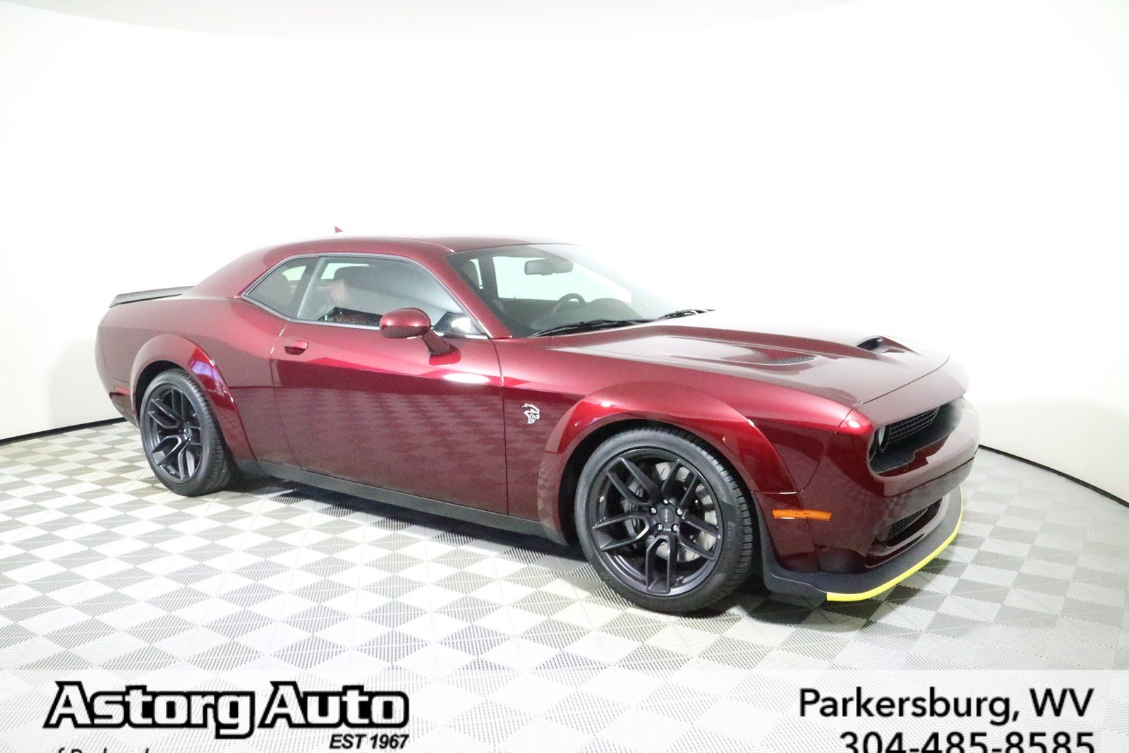 Pre Owned 2018 Dodge Challenger Srt Hellcat Widebody 2dr Car In