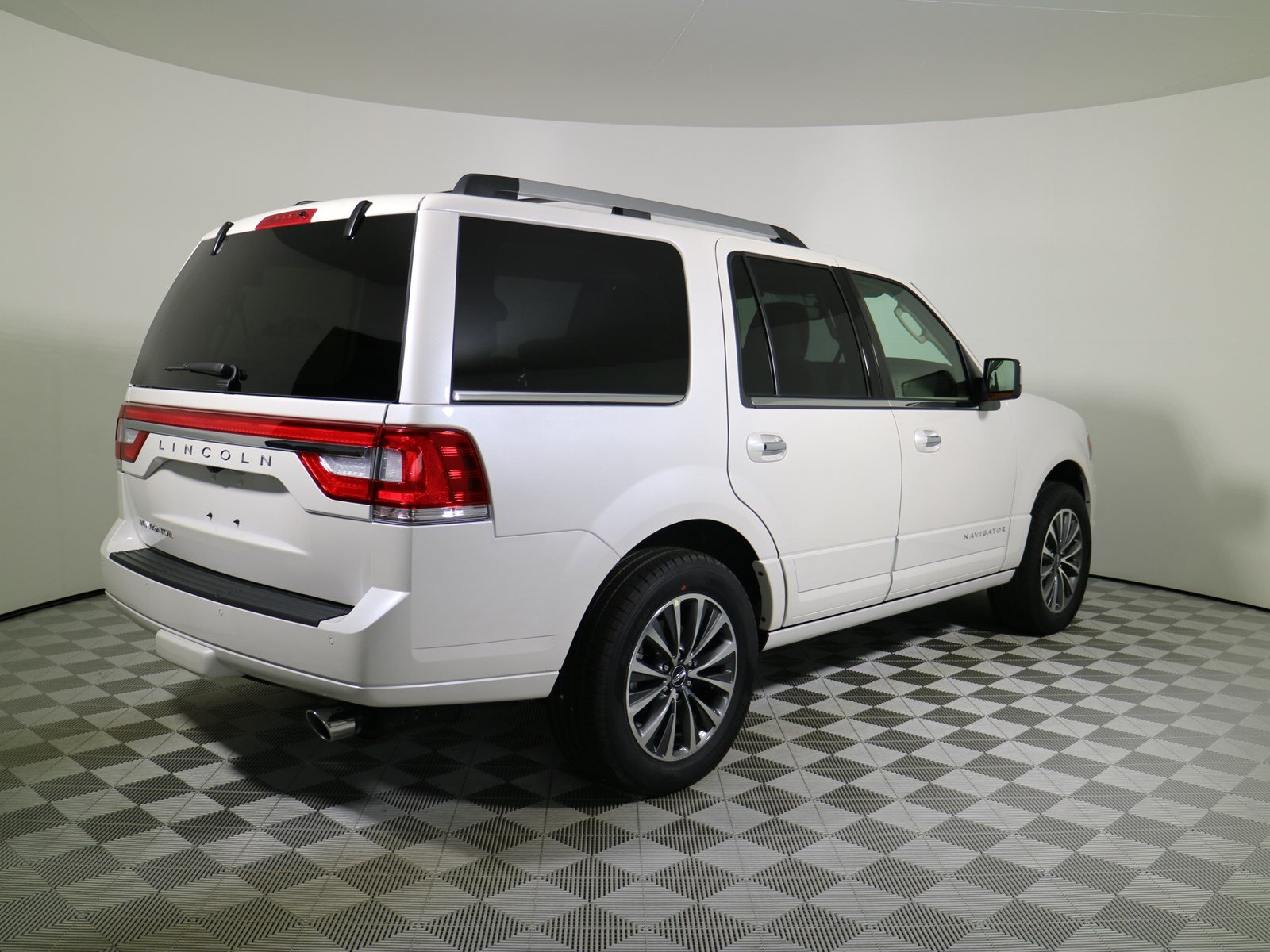 new 2017 lincoln navigator select sport utility in parkersburg f17346 astorg auto. Black Bedroom Furniture Sets. Home Design Ideas