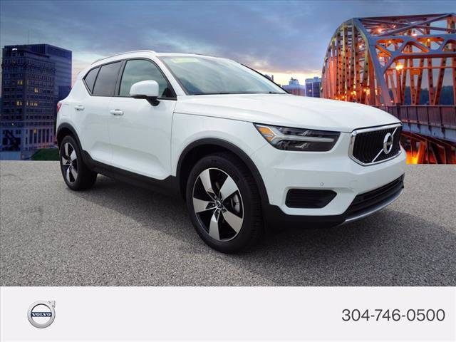 Certified Pre-Owned 2020 Volvo XC40 Momentum
