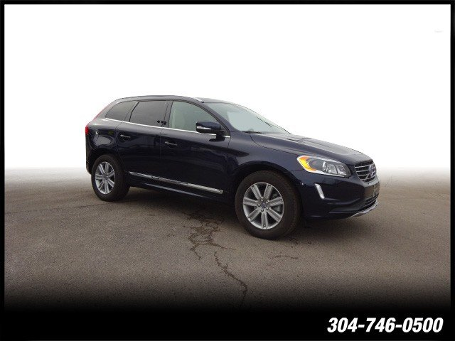 Certified Pre-Owned 2017 Volvo XC60 Inscription