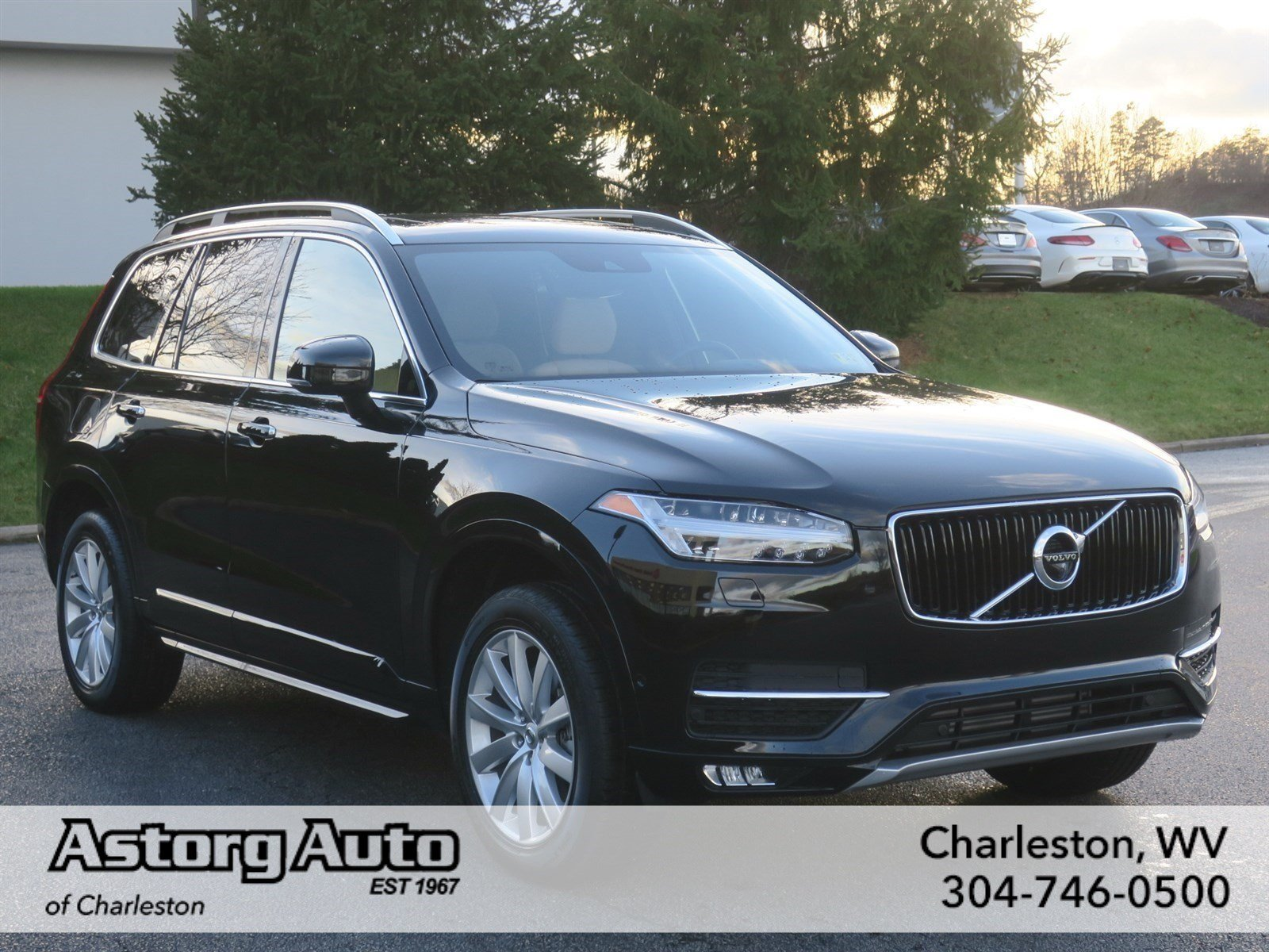 new 2017 volvo xc90 momentum sport utility in charleston v6087 astorg auto. Black Bedroom Furniture Sets. Home Design Ideas