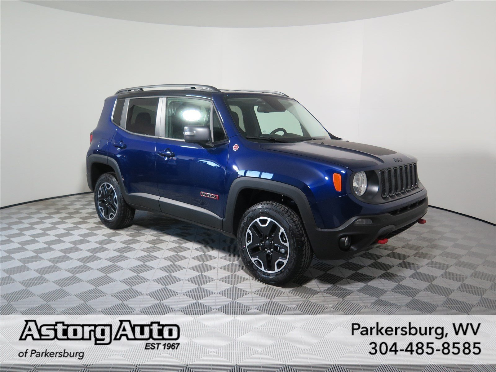 new 2017 jeep renegade trailhawk sport utility in parkersburg d6169 astorg auto. Black Bedroom Furniture Sets. Home Design Ideas