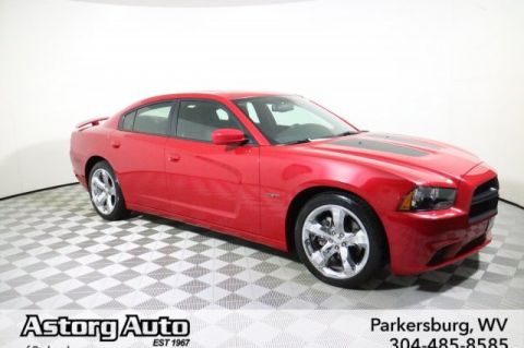 Pre-Owned 2012 Dodge Charger Road/Track