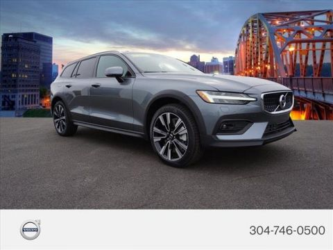 New 2020 Volvo V60 Cross Country