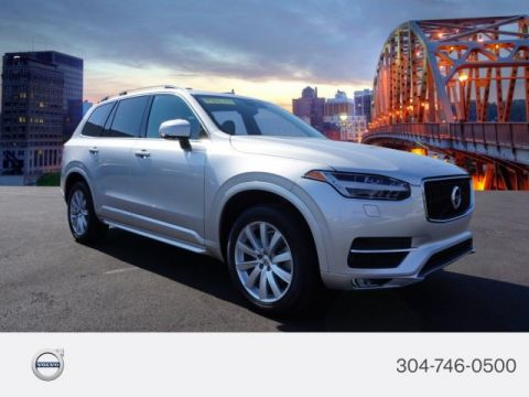 Certified Pre-Owned 2017 Volvo XC90 Momentum